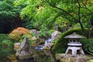 tranquility-pond-with-waterfall-at-portland-japanese-garden-2